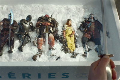 Chefs cook up tiny dinosaurs, knights and a high-speed chase in spectacular Canal TV spot