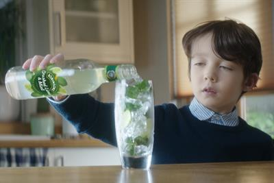 "Robinsons Fruit Cordial ""Start of the week"" by Saatchi & Saatchi"