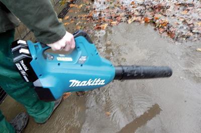 Makita DUB362Z twin 18V - brushless battery blower