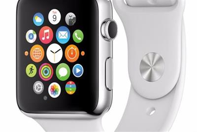 Apple Watch accounts for half of global smartwatch shipments