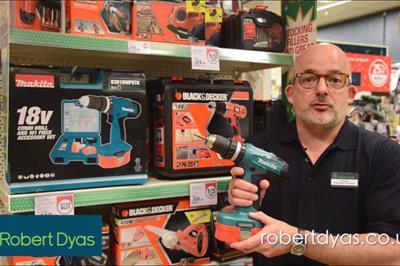 Robert Dyas Christmas ad sparks internet debate