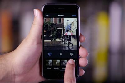 Instagram steps up advertising offensive