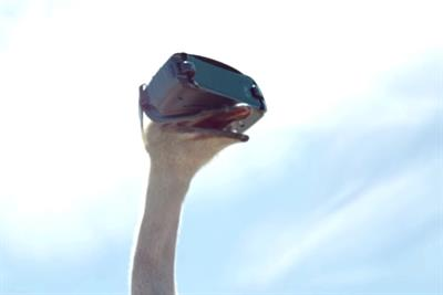 Samsung straps a smartphone to a CGI bird and films one of 2017's best tech ads