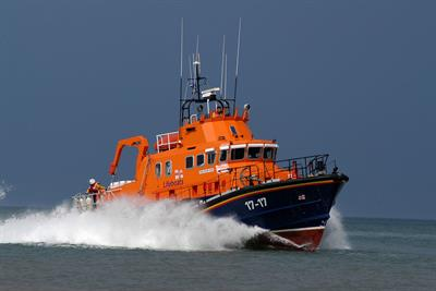 RNLI awards summer safety campaign to Leo Burnett