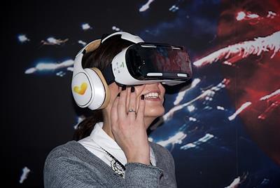 Thomas Cook prepares for mainstream virtual reality, as it apologises for Corfu deaths