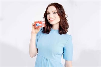 Wrigleys enlists Sophie Ellis-Bextor to encourage kids to chew gum