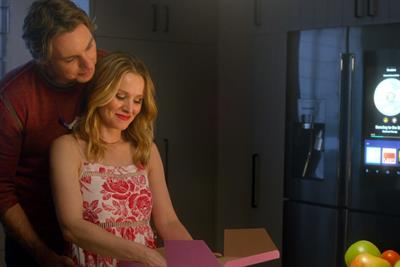 Ad of the Week: Kristen Bell and Dax Shepard deliver again for Samsung