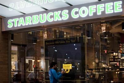 Starbucks 'interactive shop fronts' by BBDO Toronto