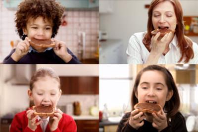 Nutella 'breakfast splits' by Krow