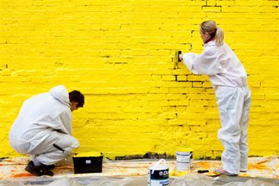 Dulux 'let's colour' by Euro RSCG London