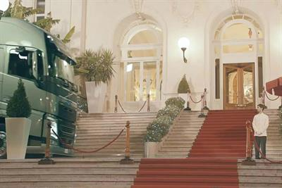 "Volvo Trucks ""the casino"" by Forsman & Bodenfors"