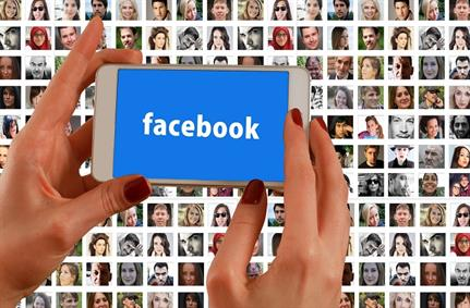 Facebook hauled up for using pictures to track users