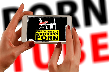 Varenyky malware records porn on screen, distributes sextortion spam