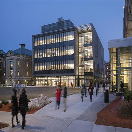 Leers Weinzapfel expands engineering education with new Wentworth center