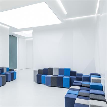 Geometries bring 'purity and order' to Quinti Dental Office in Tuscany