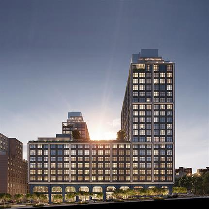 Front & York possess postcard panoramic views of NY skyline