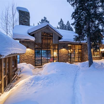 JLF Architect's Jackson Hole house plays on New England style traditions with LEED certification