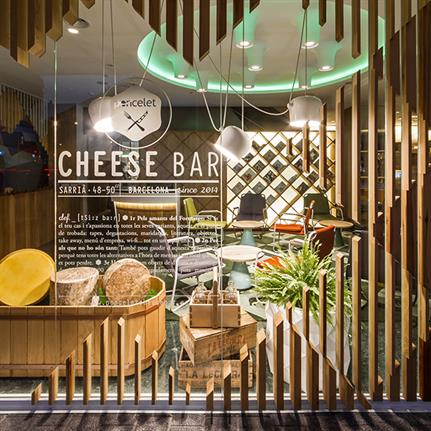 Barcelona's Poncelet Cheese Bar by estudi{H}ac