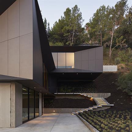 2019 WAN Awards: LR2 Residence - Montalba Architects