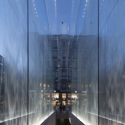 2019 WAN Awards: Apple Piazza Liberty - Foster + Partners