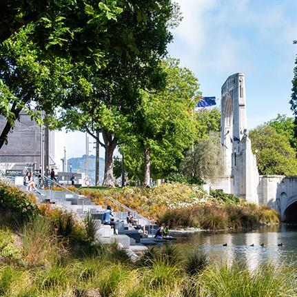 2019 WAN Awards: Avon River Park Terraces + City Promenade - LandLAB