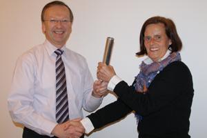 Hilmar Guckert hands over to Claudia Delius-Fisher