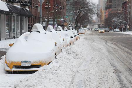 US snow storm forces event cancellations (©Anthony Quintano)