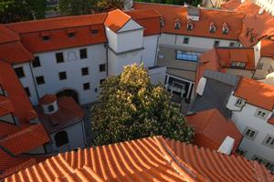 Axa Personal Lines Insurance picks Prague for team building