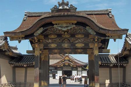 Kyoto's Nijo Castle opens for events