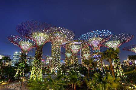 Hotels, cuisine and cocktails in Singapore