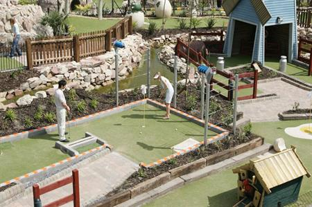 Delegates can enjoy a round of Extraordinary Golf