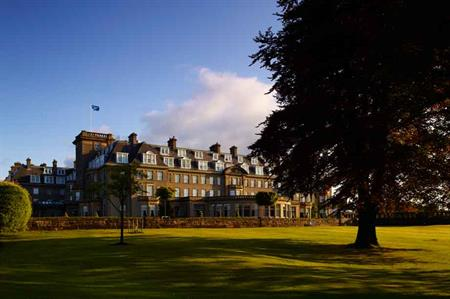 Gleneagles signs exclusive partnership with Virgin Baloon Flights