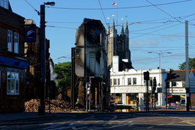 Aftermath of the 2011 riots in Croydon (© Peter G Trimming)