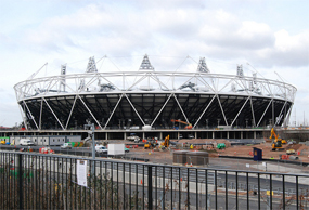 Olympic Stadium: four preferred bidders