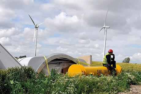 """The notion that taxpayers have to shoulder costs in connection with turbine dismantling is a fairy tale. In Germany, this is only true of nuclear-power stations""  –  Lutz Schiermeyer, Deutsche Windtechnik(pic: BWE/Tim Riediger)"