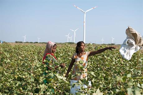 The Kutch wind farm in Gujarat with Suzlon turbines