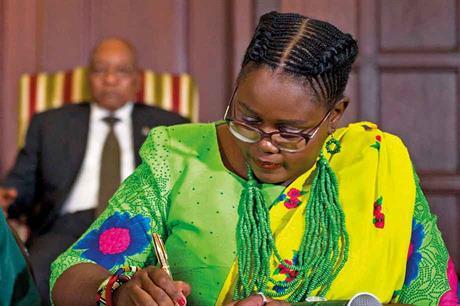 Action… Mmamoloko Kubayi took Eskom to task (pic: GovernmentZA)