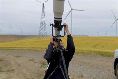 Groundwork… Performing a blade inspection using a telephoto camera system