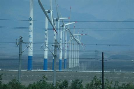Curtailment… Transmission woes have kept some turbines off the grid, but China is investing to change this (pic: Ismoon)