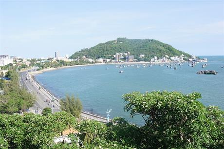 The Vũng Tàu coast as seen from Bạch Dinh, a former resort for the governor-general of Indochina, near the Cuulong basin (pic: Hoangvantoanajc)