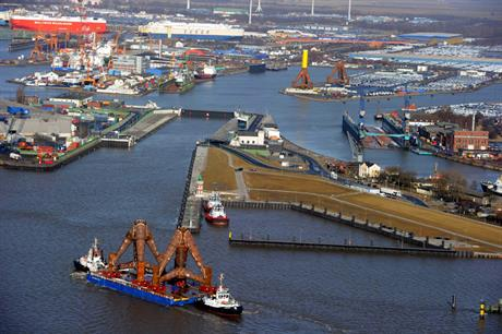 BHV1 transporting Weserwind foundation structures in Bremerhaven