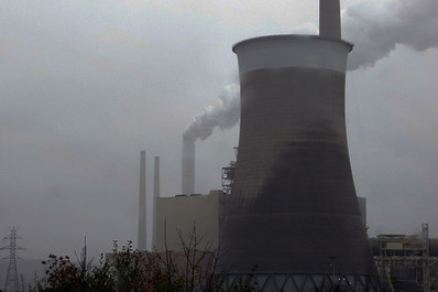Emissions from existing US power plants must fall by 30% by 2030