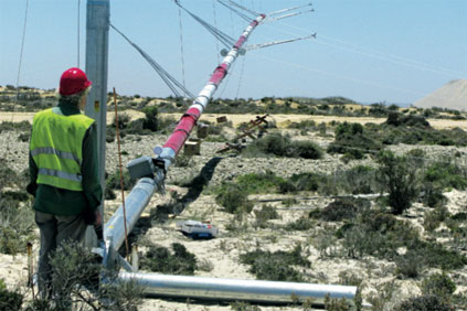A meteorlogical mast is erected at Koiingnaas in the Northern Cape