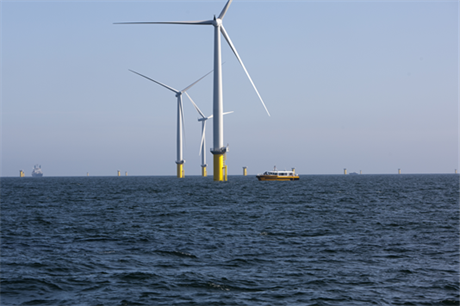Dong's Horns Rev 2 helped Denmark produced 39% of its electricity from wind in 2014
