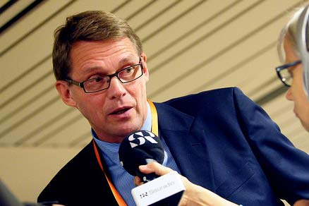 Finnish prime minister Matti Vanhanen is seeking greater commitment to wind energy from the country's city councils (pic Baltic Development Forum)