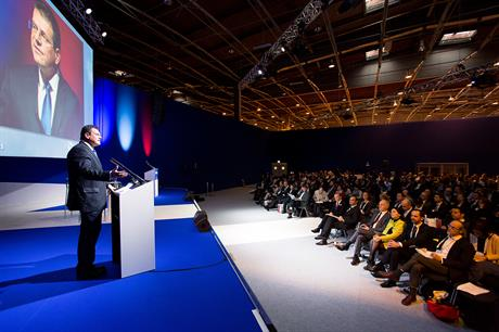 Maros Sefcovic speaks to delegates at the Paris 2015 WindEurope (EWEA) conference