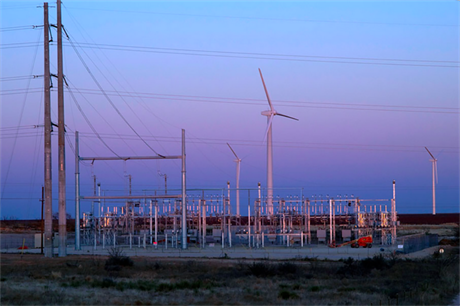 System 3 worked on the 781MW Roscoe wind complex in Texas