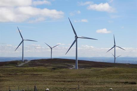 Onshore wind can compete on level terms with gas, report claims (pic: RES)