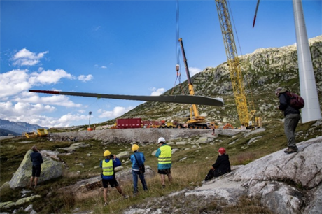 The Gotthard Pass site's 2,100-metre altitude and closure during the winter complicates construction work (pic credit: AET)