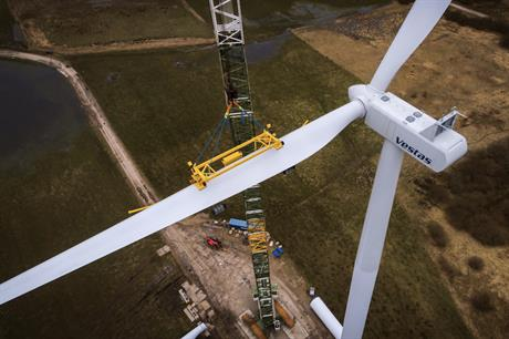 Vestas installed a prototype of its V120-2.0MW turbine at the Lem Kjær wind farm in western Jutland in Denmark in Q1 2018